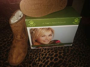 Dawgs size 9 ugg style microfiber boots brand new for Sale in Las Vegas, NV