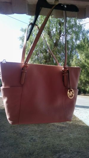 Michael Kors Purse/Tote. NEW for Sale in San Diego, CA