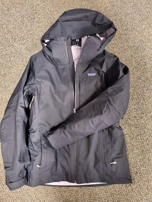 Womans Black 3in1 Snow Jacket Patagonia for Sale in Santa Ana, CA