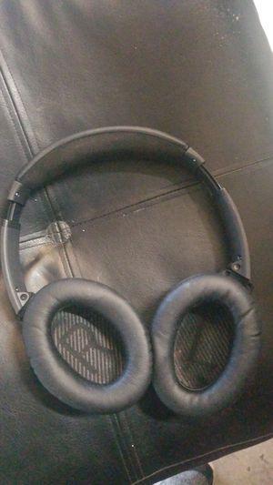 Bose quiet comfort 2 noise canceling headphones. for Sale in Auburn, WA