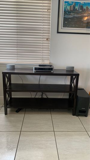 Table with 3 shelves in Espresso color for Sale in Miramar, FL