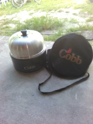 Cobb portable grill and smoker for Sale in Tampa, FL
