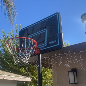 Basketball Hoop for Sale in McFarland, CA