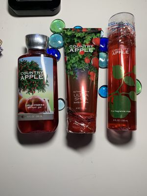 Bath & Body Works Country Apple Set for Sale in Indianapolis, IN