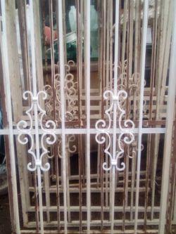 Rod Iron Severity Windows for Sale in Clovis,  CA