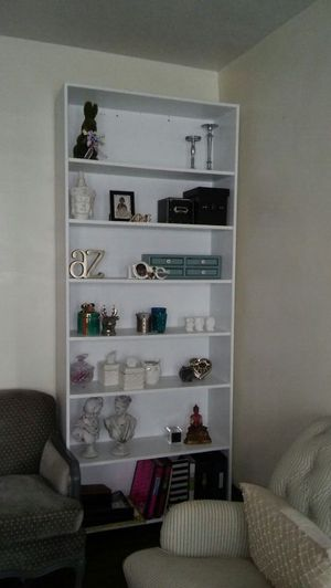 9 ft. White all wood bookcase. Huge for Sale in Lakewood, OH