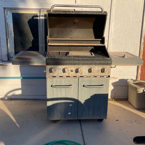 KENMORE BBQ GRILL for Sale in North Las Vegas, NV