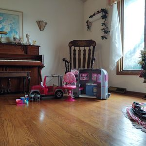 American Girl Doll Camper, Jeep, And Accesories for Sale in Lockport, IL