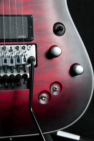 Guitar Schecter C1-FRS Platinum (Sustainiac + Floyd Special) w/case for Sale in Gilbert, AZ