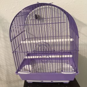 Bird cage With Feeders And 2 Perches for Sale in San Marcos, TX
