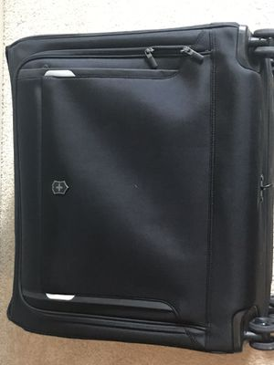 Victorinox WT Dual-Caster Garment Bag for Sale in San Francisco, CA