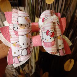 Hello Kitty Little Girl's Hair Bows for Sale in Los Angeles,  CA