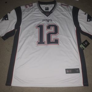 Patriots Tom Brady Jersey for Sale in Fullerton, CA
