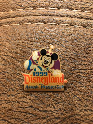 Disney Passholder pin 1999 for Sale in Irvine, CA