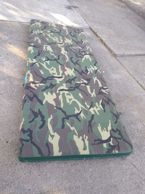 Green 3-Fold Vinyl Fitness Mat for Sale in North Highlands, CA