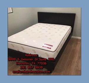 queen bed frame with mattress for Sale in Houston, TX