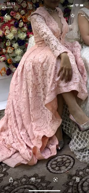 A beautiful girly pink puffy dress that would be a perfect match for an event, wedding, party, and prom. Only for $250 for Sale in Dearborn, MI