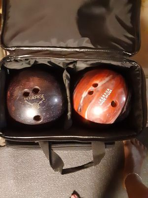 Kids Bowling Balls with bag 7/8lbs for Sale in Sugar Hill, GA