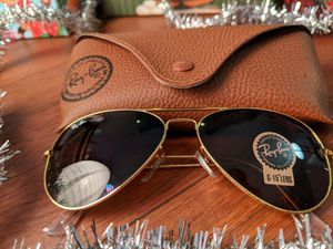 Brand New Authentic Rayban Aviator Sunglasses for Sale in Rancho Palos Verdes, CA