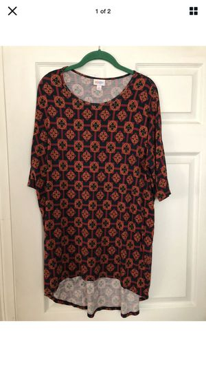 Lularoe IRMA top size small for Sale in French Creek, WV