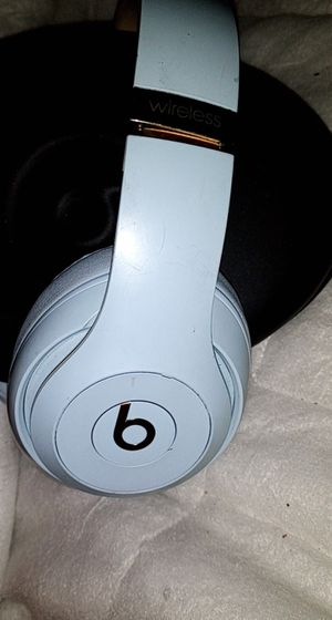 Beats by Dre Studio 3 Wireless Bluetooth Headphones for Sale in Renton, WA