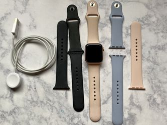 Apple Watch 40 Mm for Sale in Lakeside,  CA