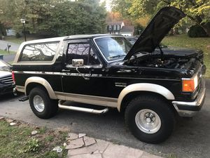 Ford bronco 1989 for Sale in Silver Spring, MD