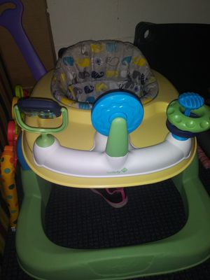 Car seat, jumperoo, walker for Sale in Goldsboro, NC