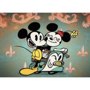 New Mickey N Minnie Collectible Plate for Sale in Nottingham, MD