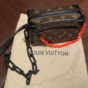 louis vuitton soft trunk bag for Sale in Miami, FL