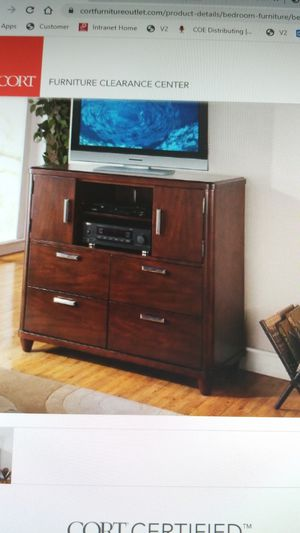 TV Chest for Sale in FAIRMOUNT HGT, MD