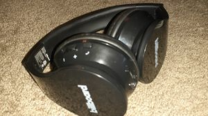 Billboard headphones bluetooth /aux for Sale in Columbus, OH