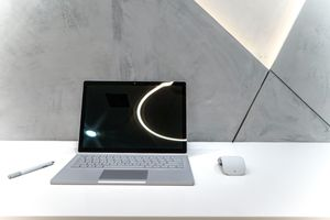 Mint! Microsoft Surface Book 2 for Sale in Newport Beach, CA