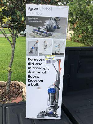 Dyson Light Ball Multi Floor Vacuum for Sale in Houston, TX