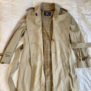 Vintage Burberry Trench Coat for Sale in Kirkland, WA