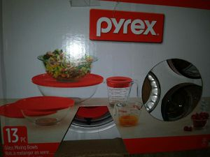 Pyrex 13-Piece Measuring, Mixing, Storage Set NEW SEALED for Sale in Chicago, IL