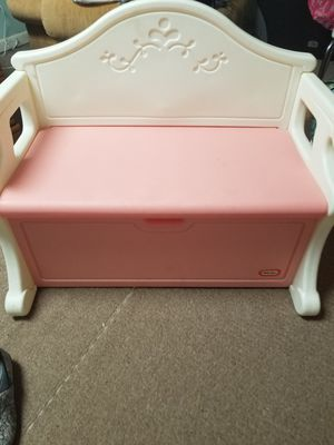 Fisher price kids toy Box and bench for Sale in Peoria, IL