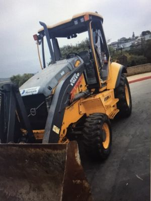 Volvo Backhoe Extend A Hoe for Sale in Huntington Beach, CA