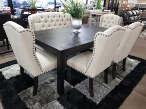 6 pc dining table for Sale in Fresno, CA