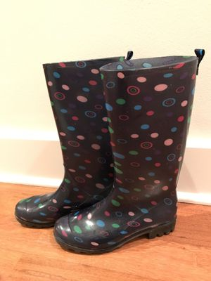 Rain Boots Rubber Waterproof Snow Ladies size 7 for Sale in Chicago, IL