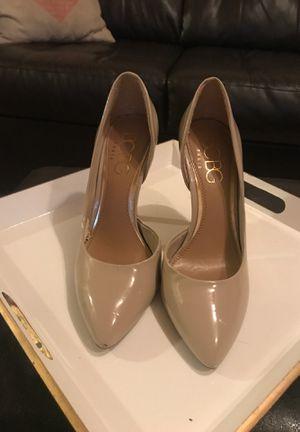 BCBG Tan Heel - rarely worn size 7 for Sale in Bellevue, WA
