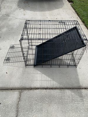 Medium to Large dog crate. for Sale in Lutz, FL