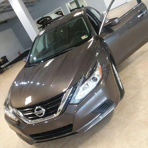 2017 Nissan altima.1000dwn for Sale in Manassas, VA