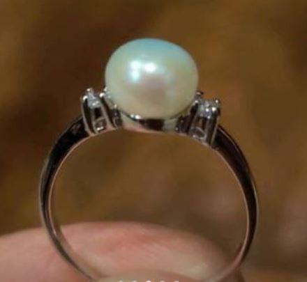 Elegant Pearl Ring