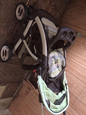 Strollers and Car Seat for Sale in Gilmer, TX