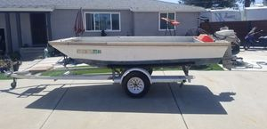 Skiff 12 foot with 9.9 motor and trailer for Sale in Chula Vista, CA