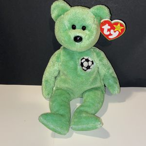 Ty Original Beanie Baby Kicks the Soccer Bear 1998 for Sale in Naperville, IL