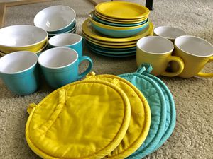 Kitchen Set for Sale in Pittsburgh, PA