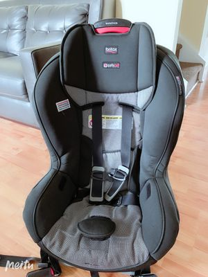 Britax Marathon ClickTight Convertible Car Seat for Sale in Bradenton, FL