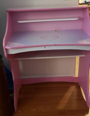 Disney Princess Desk for Sale in Fresno, CA